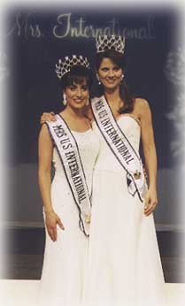Mrs USA 1999 and 1998